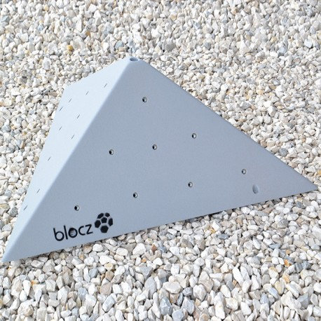 Bolt-on Triangle 800
