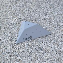 Bolt-on Cut off Triangle 600 L