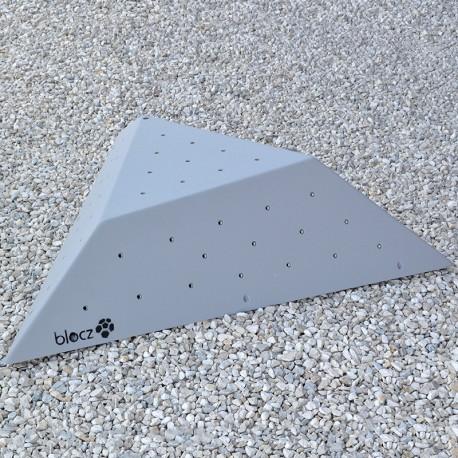 Bolt-on Cut off Triangle 1200 L